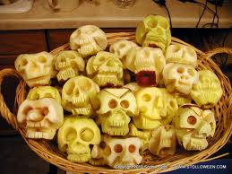Watkins Recipe - Shrunken Halloween Apply Heads