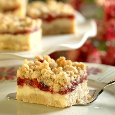 Watkins Recipe - Merry Berry Cheese Bars
