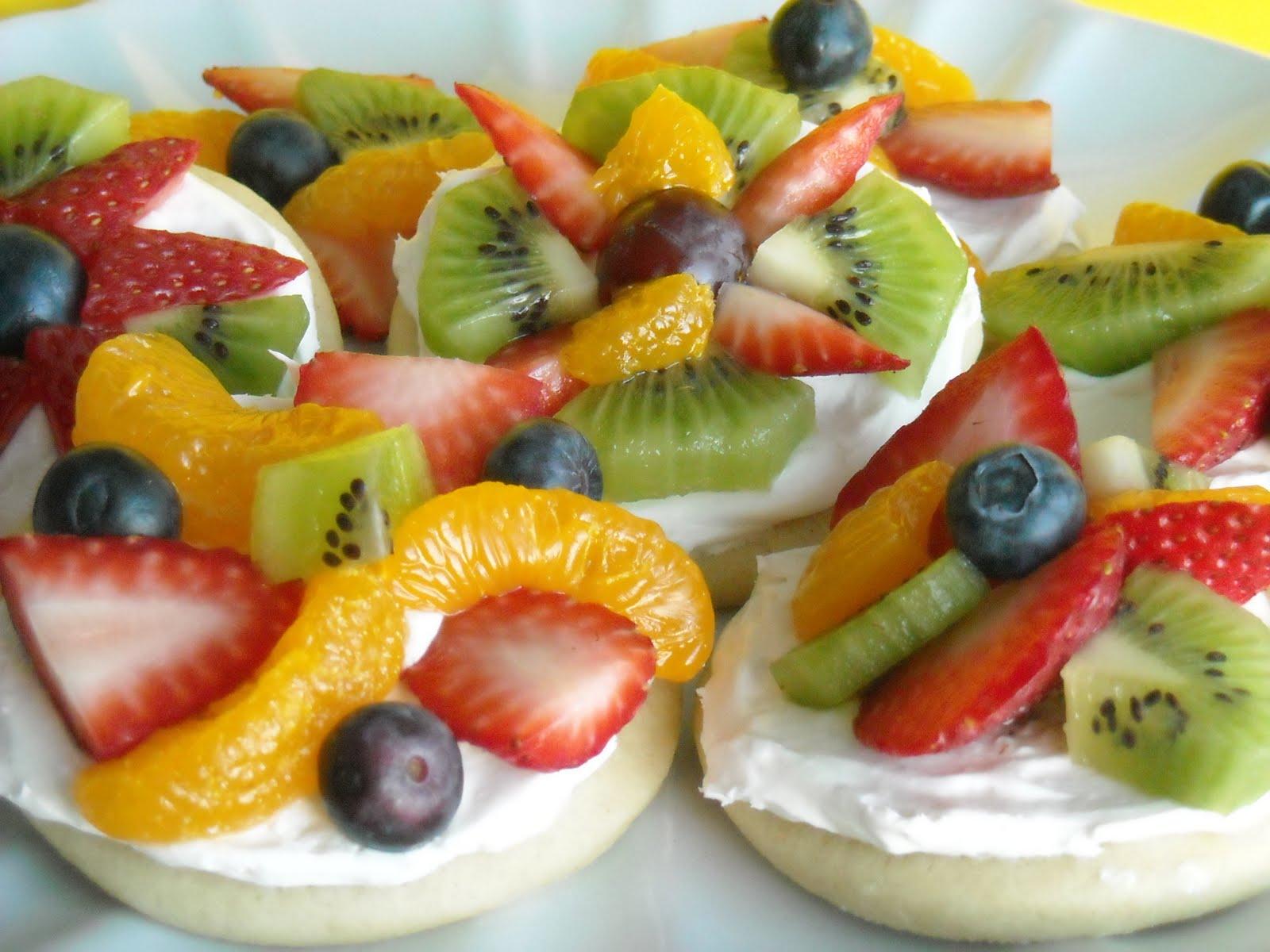 watkinsrecipe-mini-fruit-pizzas.jpg